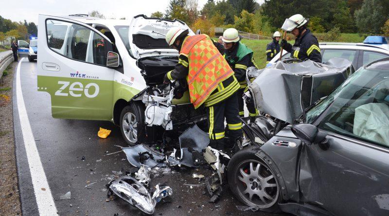 Pforzheim: Frontalzusammenstoß mit Elektrofahrzeug – 18.10.2016