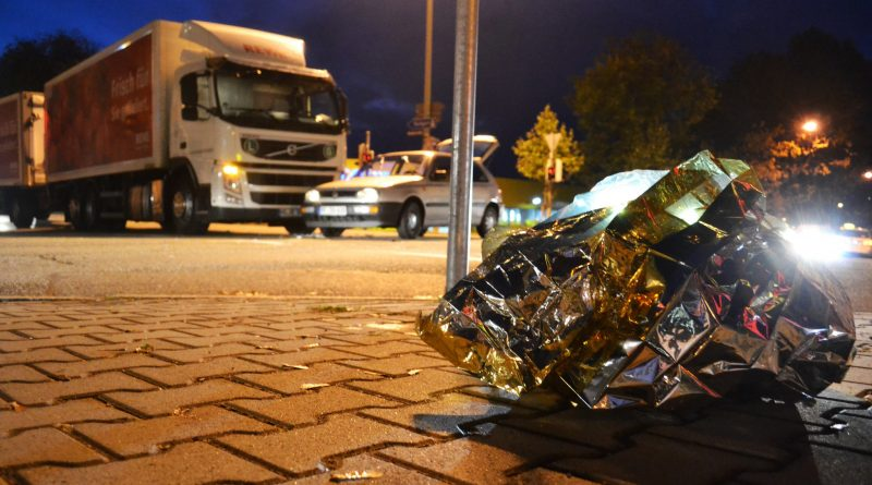 Pforzheim: Rotlicht übersehen? Unfall in der Nordstadt – 07.11.2016