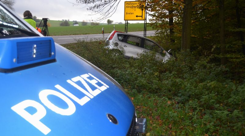 Königsbach-Stein: Internistischer Notfall am Steuer – 84-jähriger muss mit Rettungshubschrauber in die Klinik geflogen werden – 07.11.2016