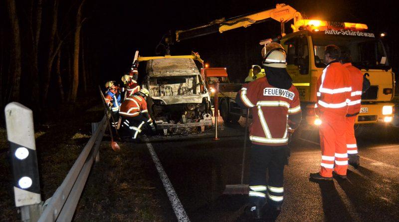Maulbronn: Mehstündige Teilsperrung der B36 nach Transporterbrand – 13.12.2016