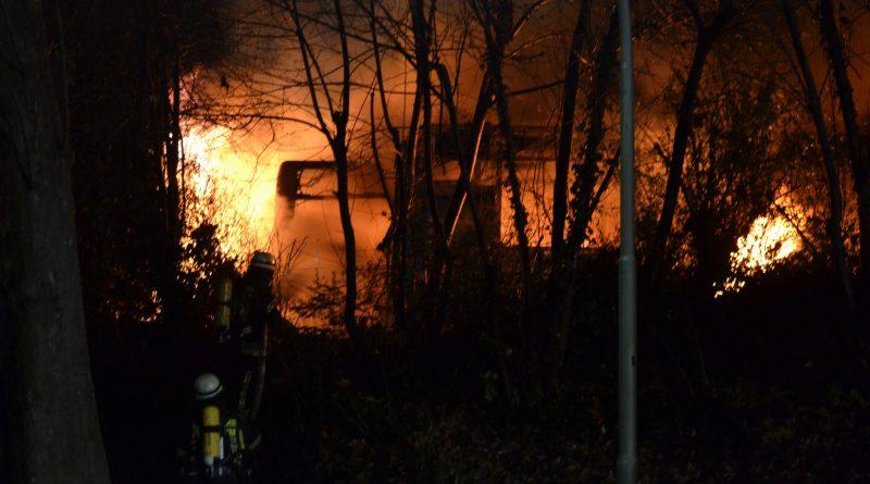 Pforzheim: Millionenschaden beim Brand bei Südwestbus – 03.12.2016