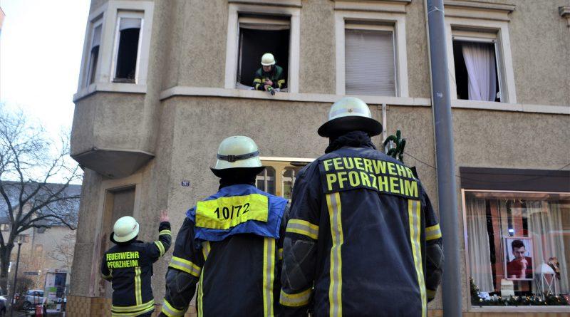 Pforzheim: 100.000€ Schaden nach Wohnungsbrand in Brötzinger Fußgängerzone – 01.01.2017