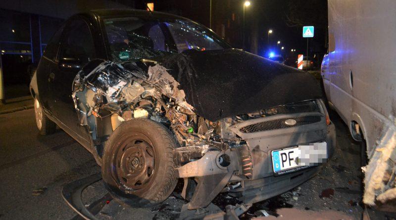 Pforzheim: Gegen geparkten gefahren – 21.01.2017