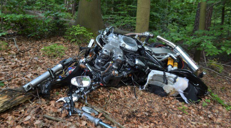 Dobel: Motorradfahrerin nach verbotenem Überholen schwer verletzt – 11.06.2017