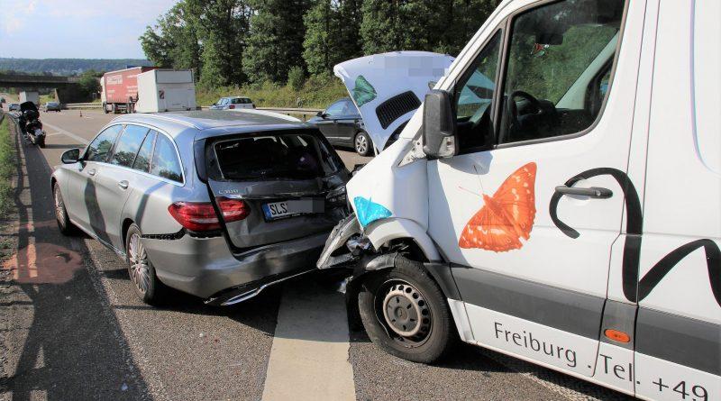5 Verletzte Personen nach Auffahrunfall auf der A8 bei Pforzheim-Ost – 17.07.2017