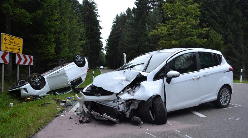 Agenbach/Neuweiler – Vorfahrtsverletzung fordert 7 Verletzte – Rettungshubschrauber im Einsatz – 04.09.2017