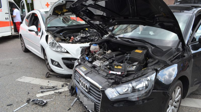 Pforzheim: Unfall mit 3 verletzten Hohenzollernstr./HWA – 02.06.2018